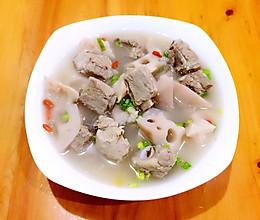 排骨莲藕养生汤的做法
