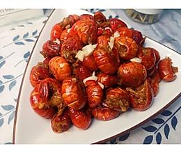 蒜香龙虾尾的做法