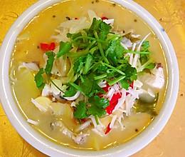 傣味酸笋鱼的做法