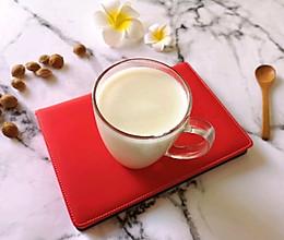 牛奶杏仁露#换着花样吃早餐#的做法