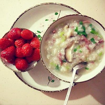 减肥早餐或晚餐——营养香菇牛肉青菜粥