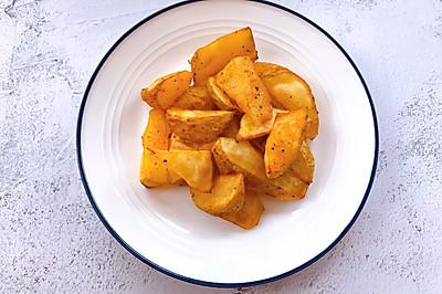 外脆里糯,焦香四溢的烤薯角