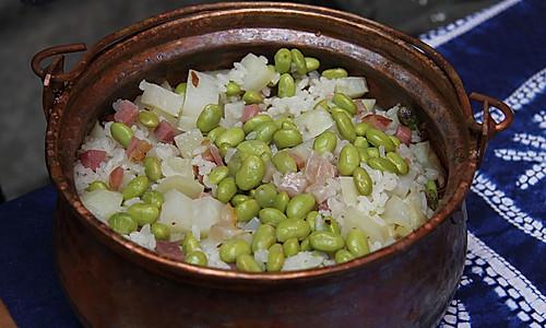 铜锅焖饭的做法