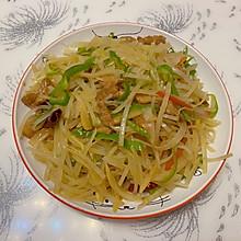 酸辣泡菜土豆丝炒肉