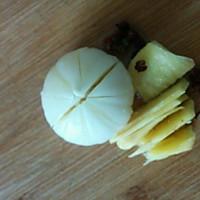 超级简单 板栗炖鸡汤的做法图解2