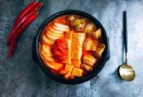 韩式五花肉辣白菜豆腐汤 思密达style 看韩剧必备宵夜的做法