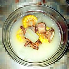 玉米腊鸭冬瓜盅