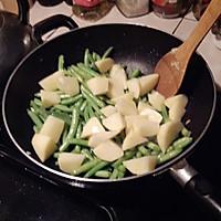 豆角土豆焖意大利面的做法图解4