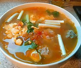番茄青菜肉丸蛋汤的做法