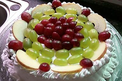 今是自己生日做个蛋糕给自己哈:-D哈:-D