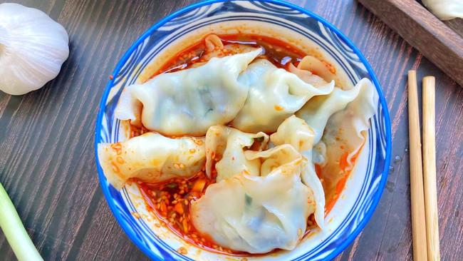 水饺两种吃法的做法