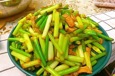 美味家常菜:蒜苔炒肉