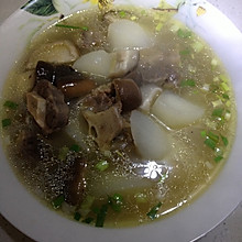 萝卜牛尾汤