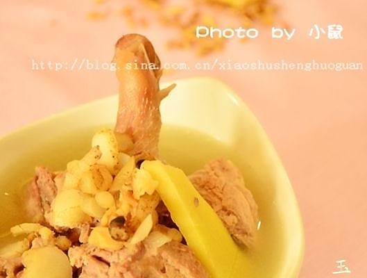 春季滋补美容圣品---玉竹沙参鸭腿汤的做法