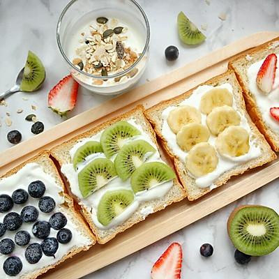水果吐司切片+燕麦酸奶