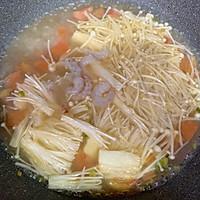 金针菇虾仁豆腐汤#花10分钟,做一道菜!#的做法图解8