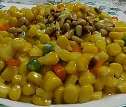 蜂蜜松仁玉米的做法