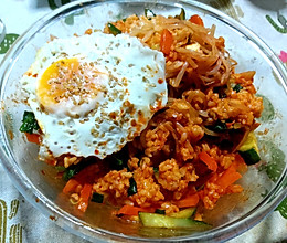 """#憋在家里吃什么#没有石锅也能做的""""石锅拌饭""""的做法"""