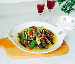 #父亲节,给老爸做道菜#腊肉炖鳝鱼的做法