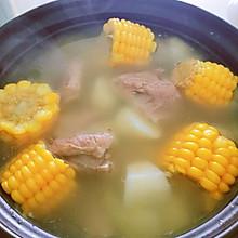 #我们约饭吧#玉米山药排骨汤