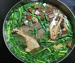 鸭血粉丝汤的做法