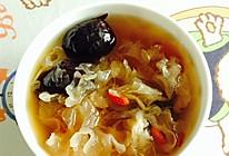 冰糖银耳百合莲子红枣汤的做法