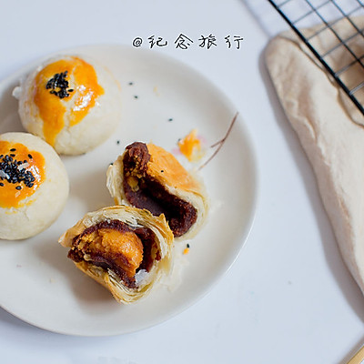 不用揉出手套膜也能酥的掉渣的蛋黄酥做法