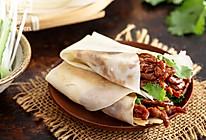 烤鸭薄饼包京酱牛肉丝的做法