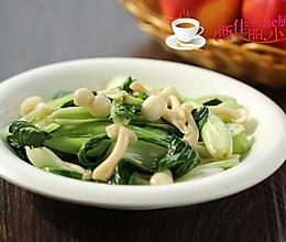 白玉菇炒小白菜#豆果6周年生日快乐#的做法