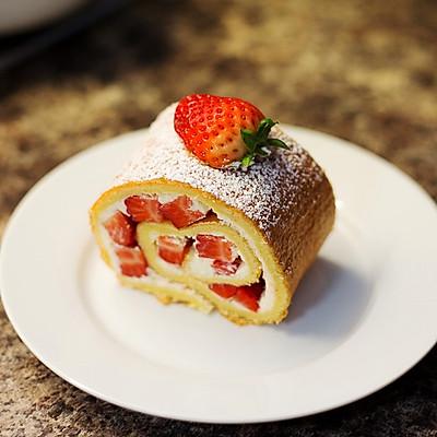 曼步厨房 - 鲜草莓瑞士卷