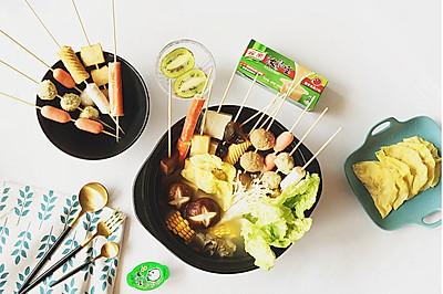 猪骨风味蛋饺串串暖锅