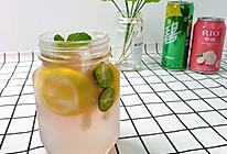 #我们约饭吧#荔枝气泡鸡尾酒#让美食替你说爱#的做法