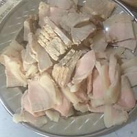 回锅肉炒大白菜。的做法图解1