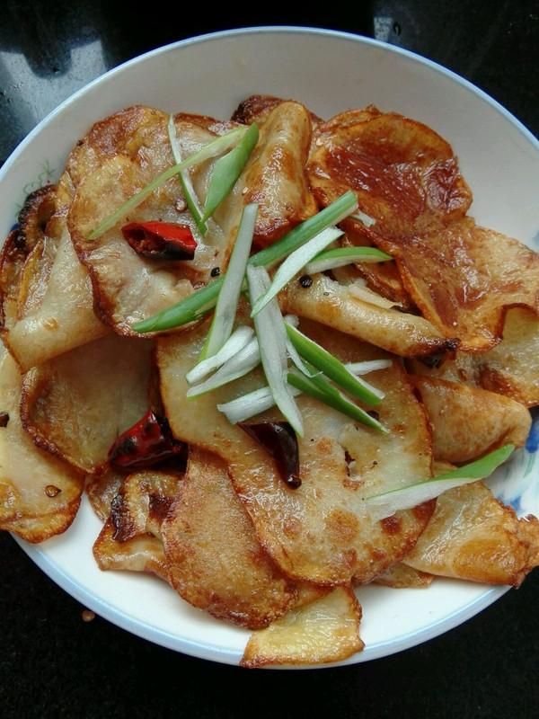 土豆新吃法(干锅土豆片)的做法
