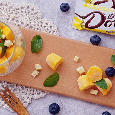 玩转德芙柠檬曲奇白巧克力——芒果酸奶白巧冰砖