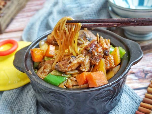 黄焖鸡粉丝煲·老菜新吃的做法