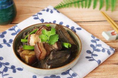 粤菜 莲藕焖猪肉
