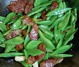 腊肠炒扁豆的做法