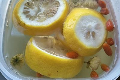 柠檬枸杞菊花茶