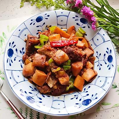 红烧土豆杏鲍菇排骨(高压锅版)