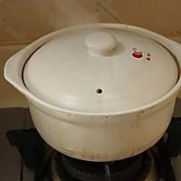 四小时煲出的一锅好汤:[番茄玉米猪骨汤]的做法图解3