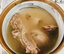 滋补|花菇炖母鸡汤的做法