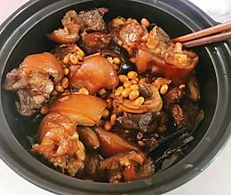 猪脚黄豆的做法
