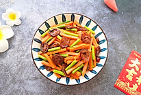 #元宵节美食大赏#胡萝卜炒腊肠的做法