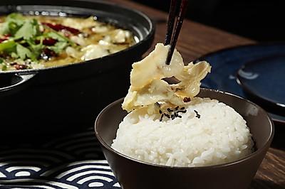秘制酸菜鱼