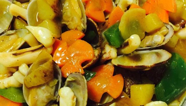 咖喱鱿鱼花蛤的做法