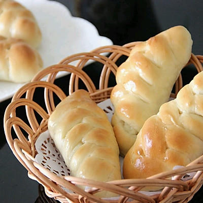 营养早餐  花式夹心面包   (芝士肠 果酱 肉松三种口味)