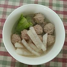 氽羊肉丸孑白萝卜汤