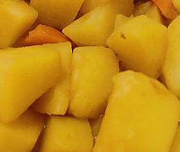 土豆炖胡萝卜的做法