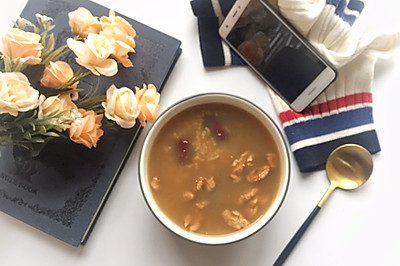 核桃红枣糯米粥